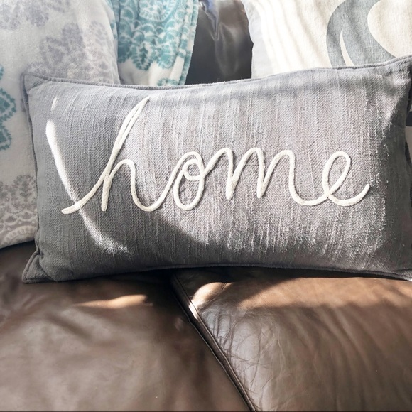 Pottery Barn Home Pillow.Pottery Barn Home Pillow Gray White Script 16x26
